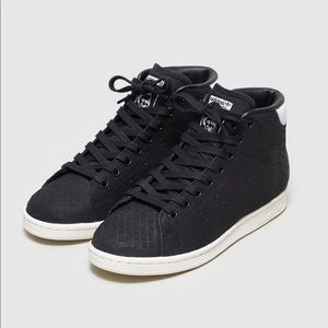 adidas Shoes - ✨Limited Edition✨Adidas Originals Stan Smith Mid